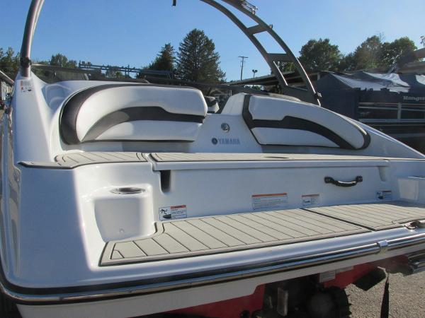 2020 Yamaha boat for sale, model of the boat is AR195 & Image # 3 of 31