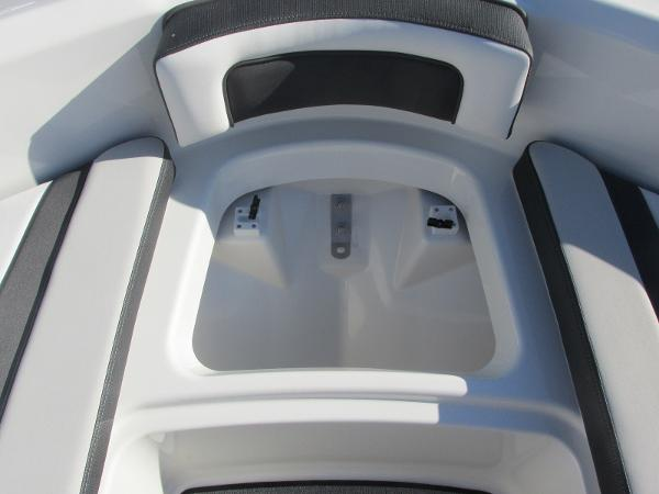 2020 Yamaha boat for sale, model of the boat is AR195 & Image # 9 of 31