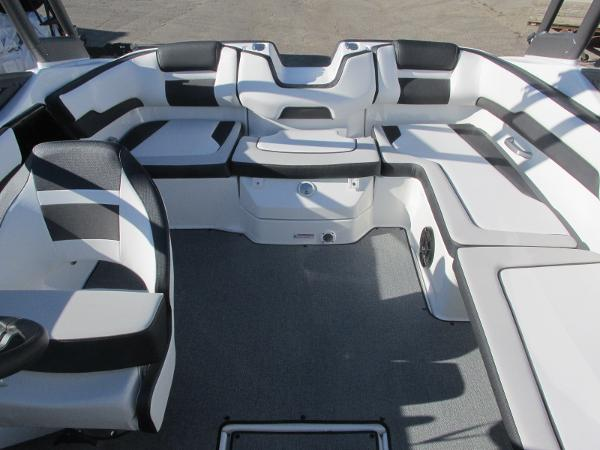2020 Yamaha boat for sale, model of the boat is AR195 & Image # 10 of 31