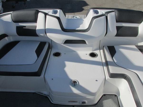 2020 Yamaha boat for sale, model of the boat is AR195 & Image # 11 of 31