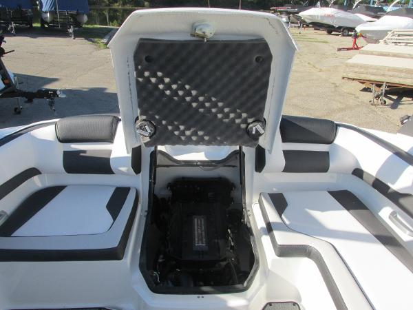 2020 Yamaha boat for sale, model of the boat is AR195 & Image # 12 of 31