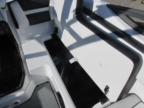 2020 Yamaha boat for sale, model of the boat is AR195 & Image # 15 of 31