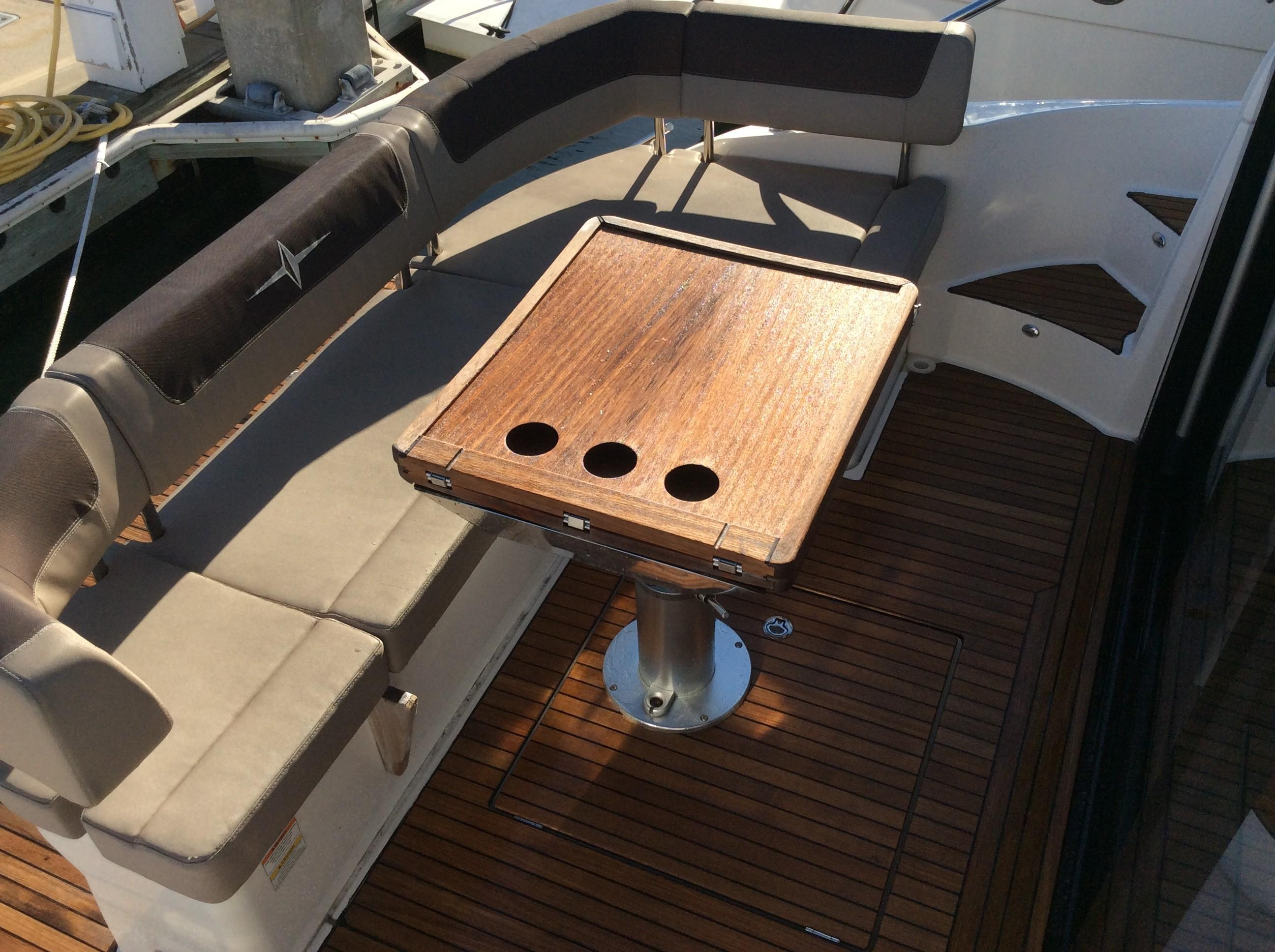 Cockpit Table - Expandable for Sun Lounge
