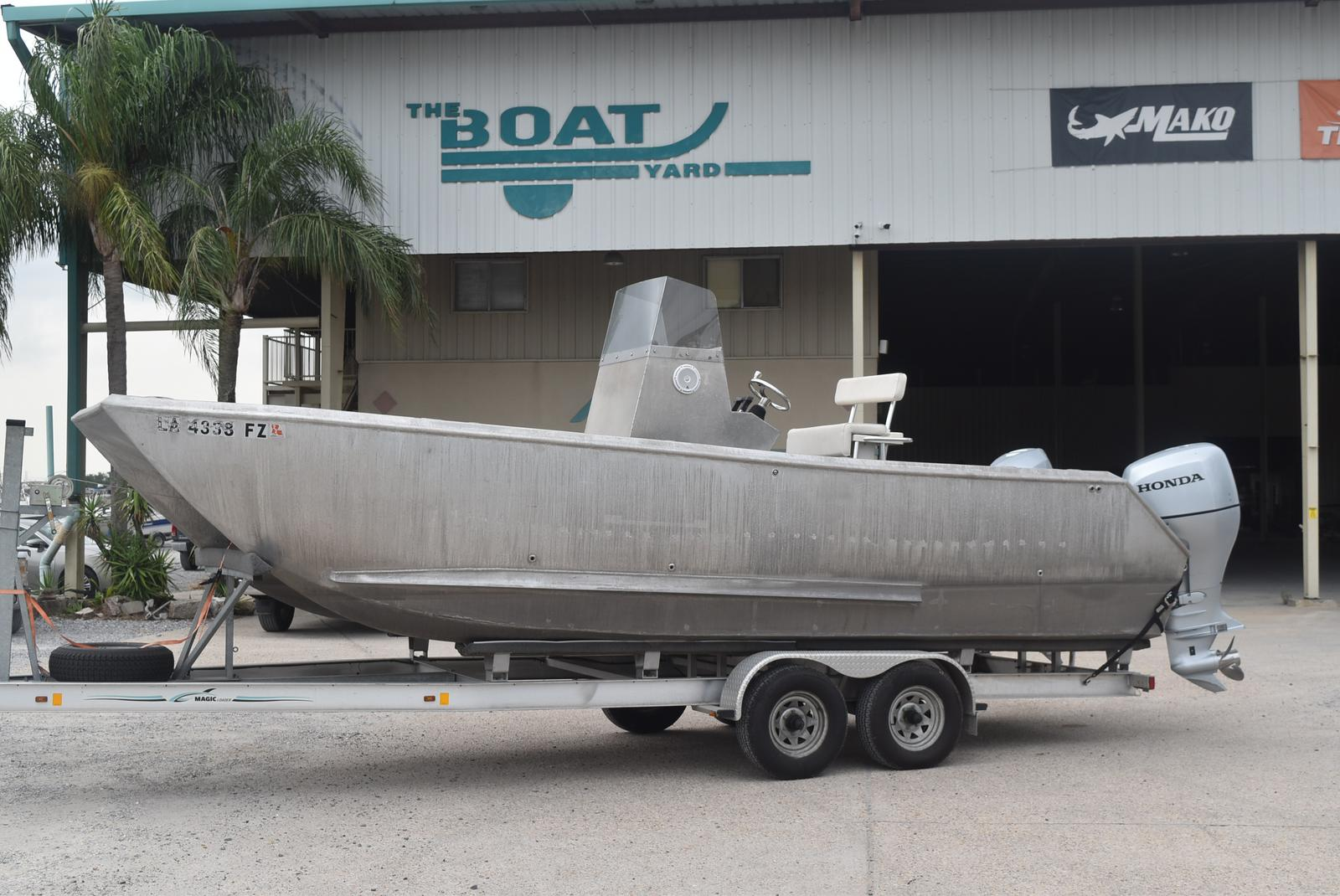 2012 Custom boat for sale, model of the boat is 24 CC & Image # 1 of 14