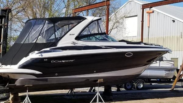 2015 CROWNLINE 335 SS for sale