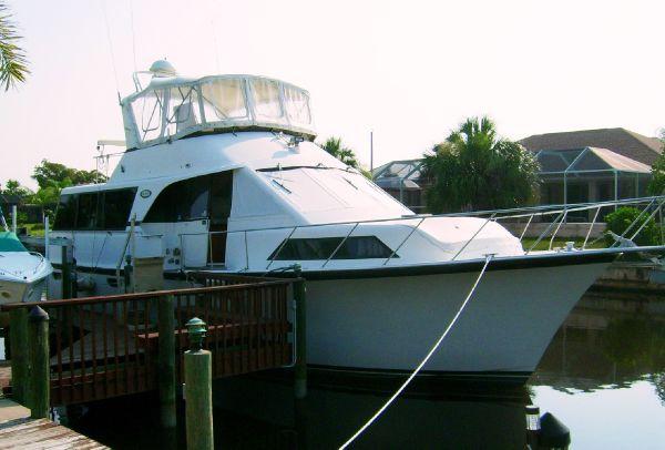 48' Ocean - 48 Aft Cabin Motor Yacht