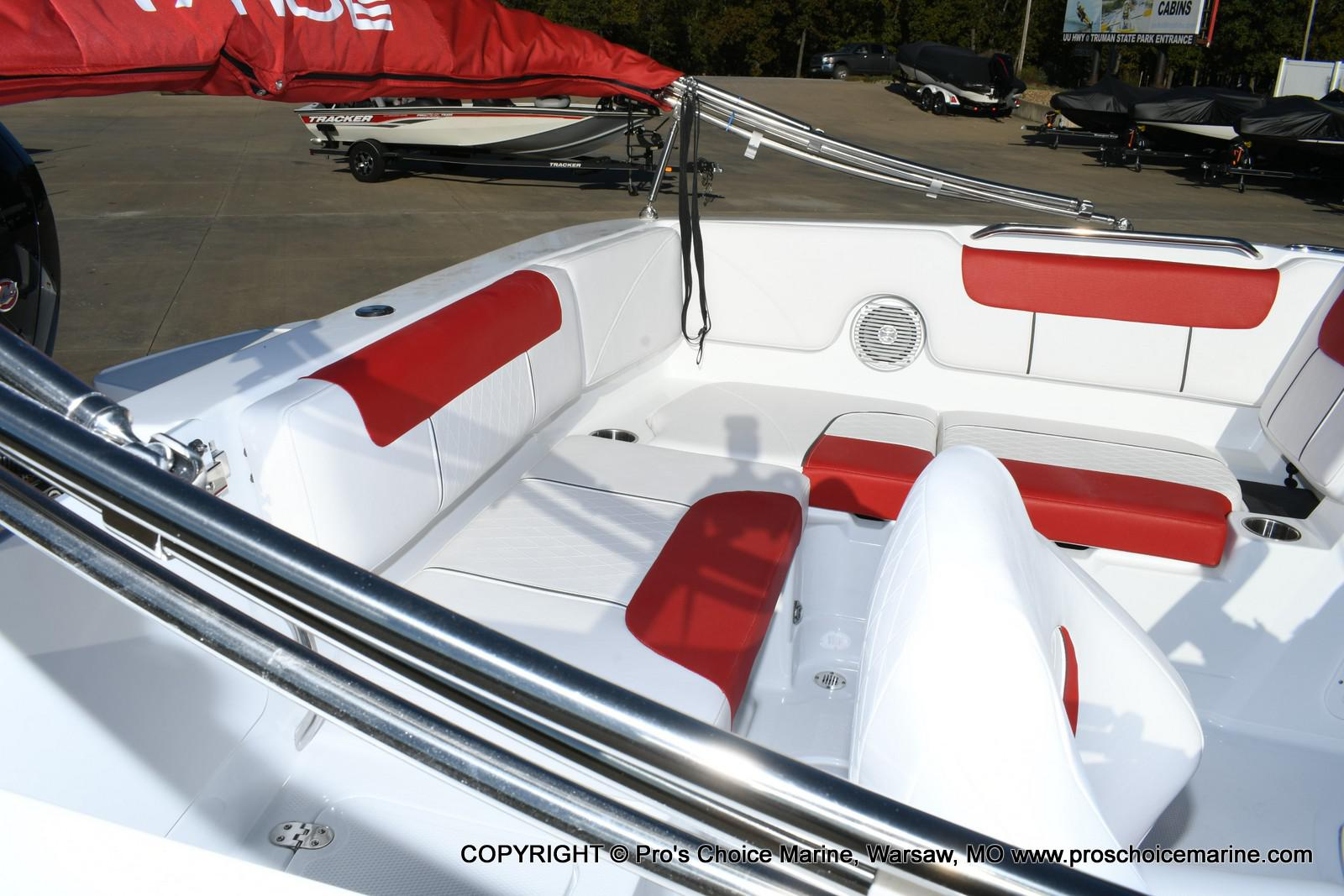 2020 Tahoe boat for sale, model of the boat is 1950 & Image # 15 of 50