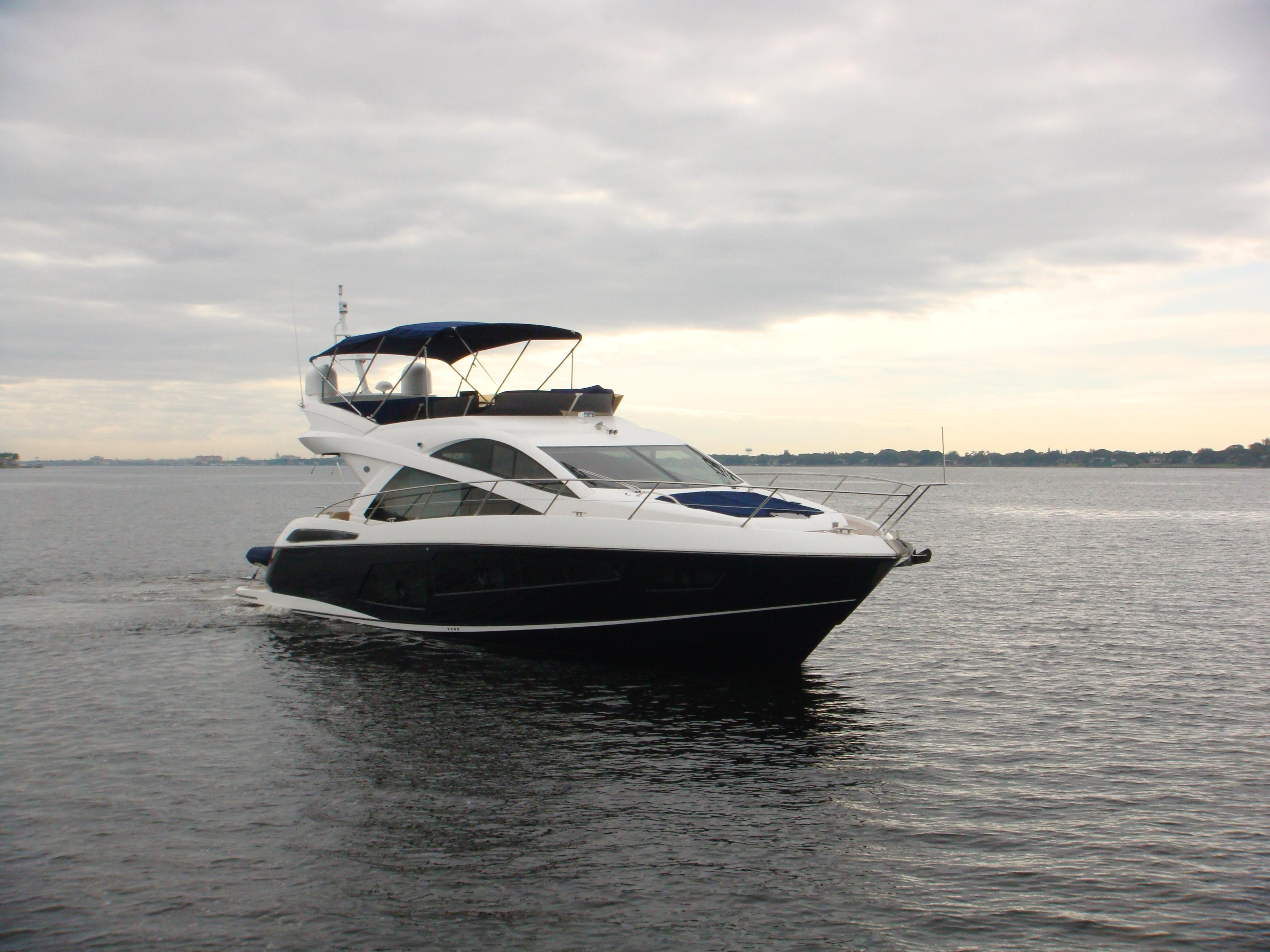 2014 Sunseeker 60 Manhattan Yacht For Sale | BG | SI Yachts