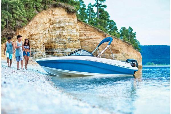 2021 Tahoe boat for sale, model of the boat is 450 TS & Image # 5 of 60