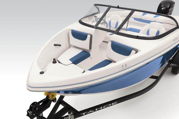 2021 Tahoe boat for sale, model of the boat is 450 TS & Image # 27 of 60