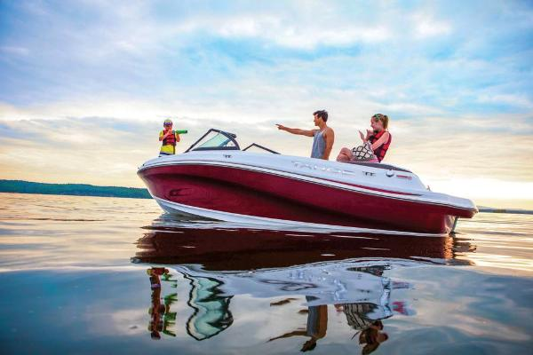 2021 Tahoe boat for sale, model of the boat is 500 TS & Image # 2 of 60