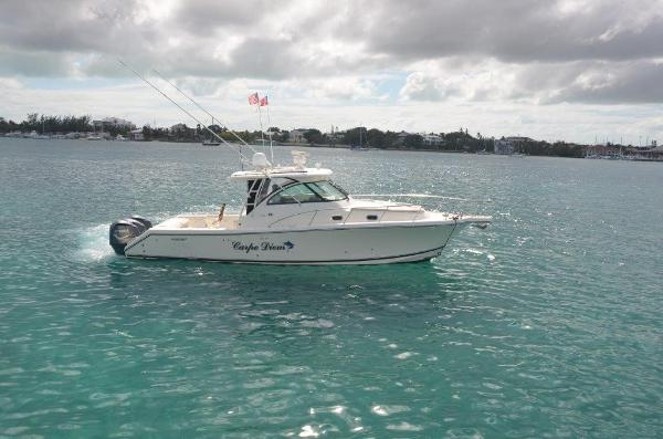 2010 37' Pursuit 375 Offshore