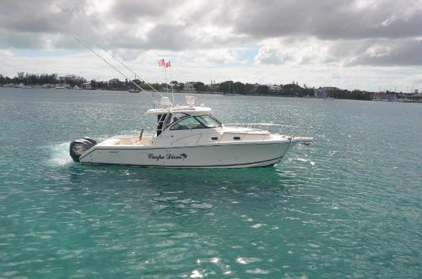 2010 37' Pursuit 375 Offshore