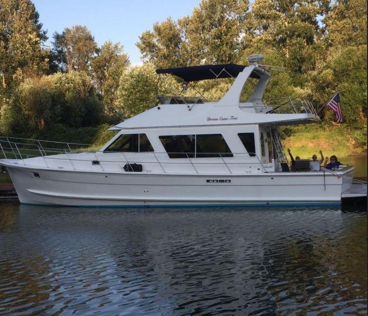 Diamond Yachts 48 Sedan - 50 North