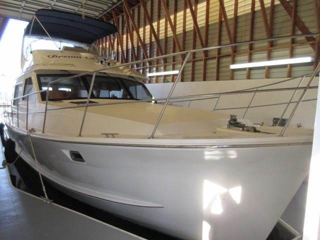 Picture Of:  48' Custom Diamond Yachts 48 Sedan 2007Yacht For Sale | 2 of 143