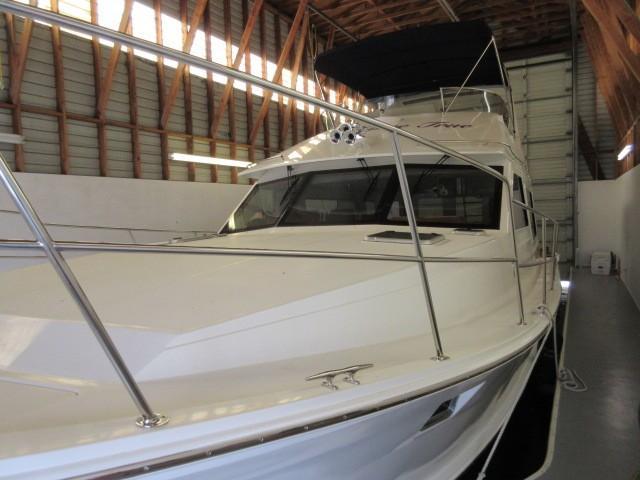 Picture Of:  48' Custom Diamond Yachts 48 Sedan 2007Yacht For Sale | 3 of 143