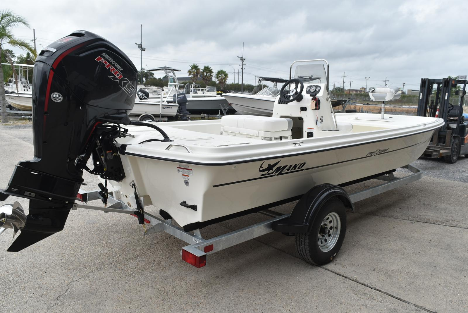 2019 Mako boat for sale, model of the boat is Pro Skiff 19 & Image # 5 of 9