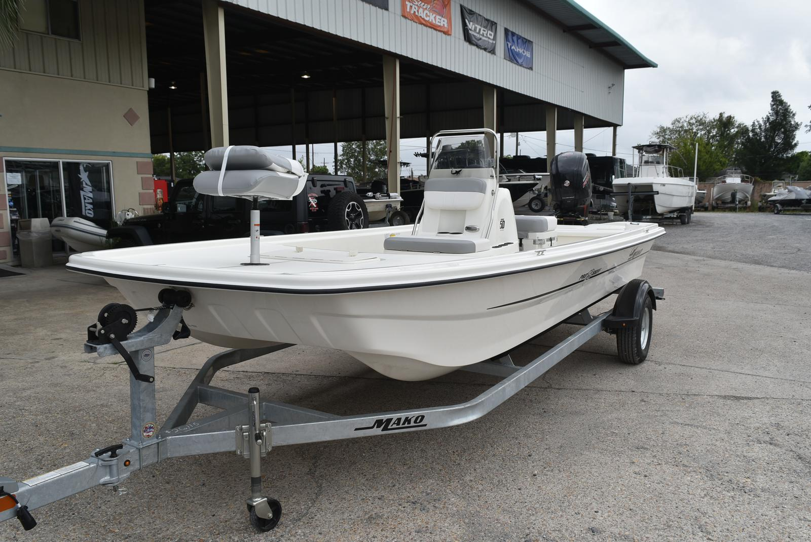 2019 Mako boat for sale, model of the boat is Pro Skiff 19 & Image # 7 of 9