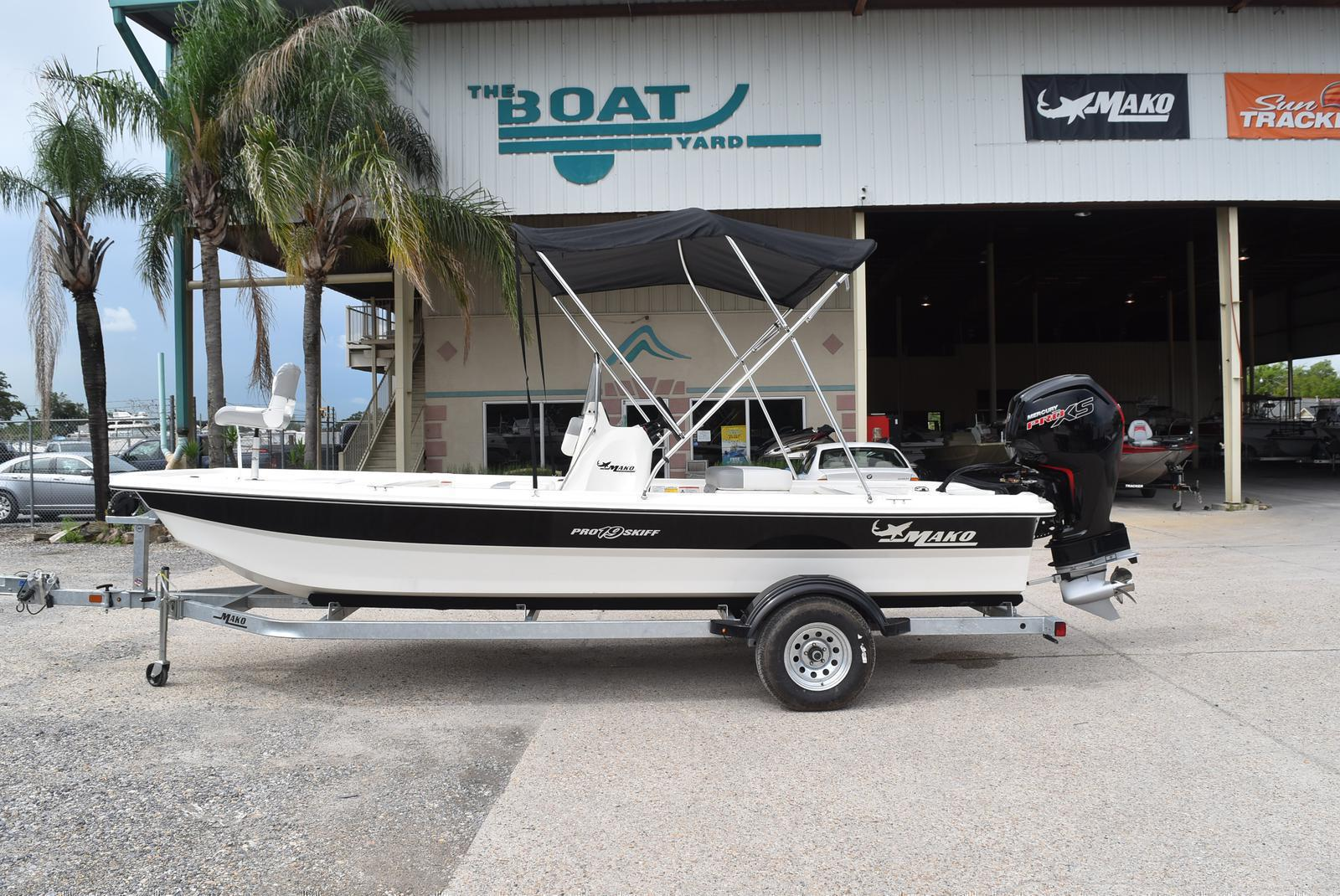 2019 Mako boat for sale, model of the boat is Pro Skiff 19 & Image # 1 of 234