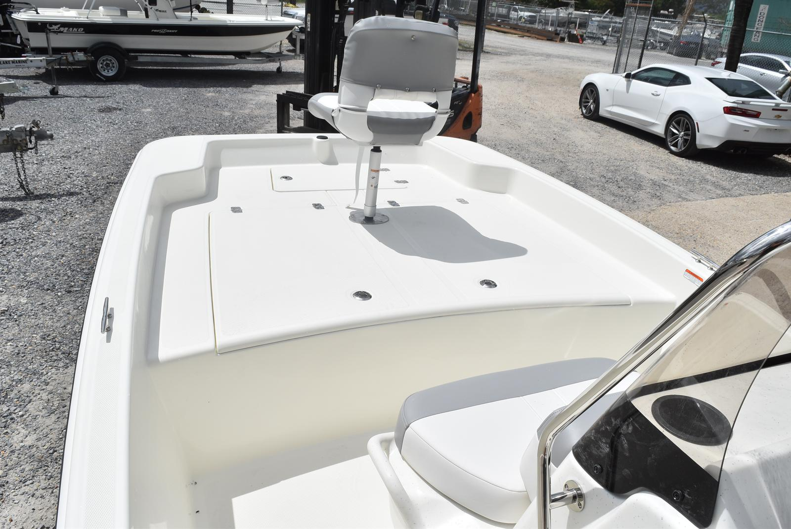 2020 Mako boat for sale, model of the boat is Pro Skiff 17, 75 ELPT & Image # 410 of 702