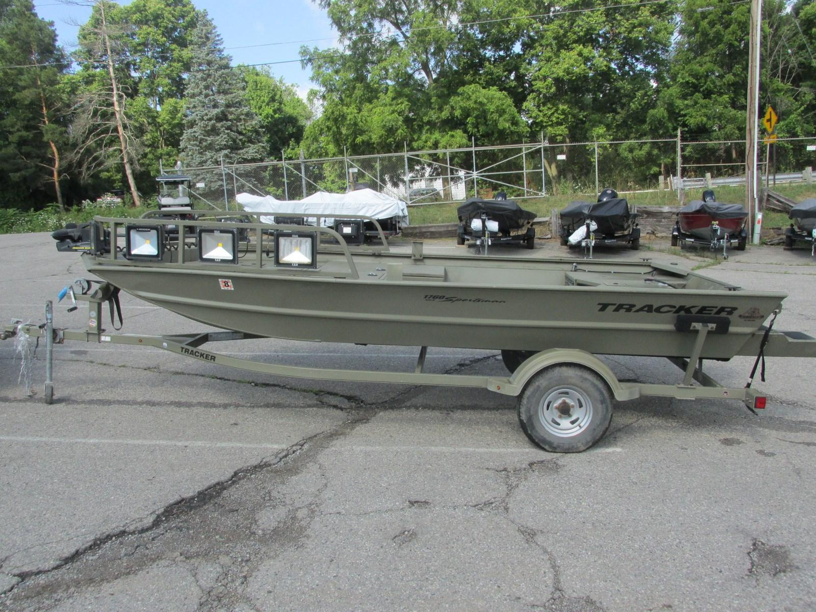 Tracker 1760 MVX Sportsman