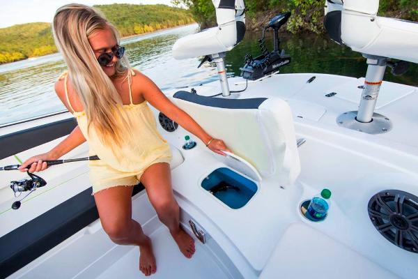 2021 Tahoe boat for sale, model of the boat is 1950 & Image # 102 of 103