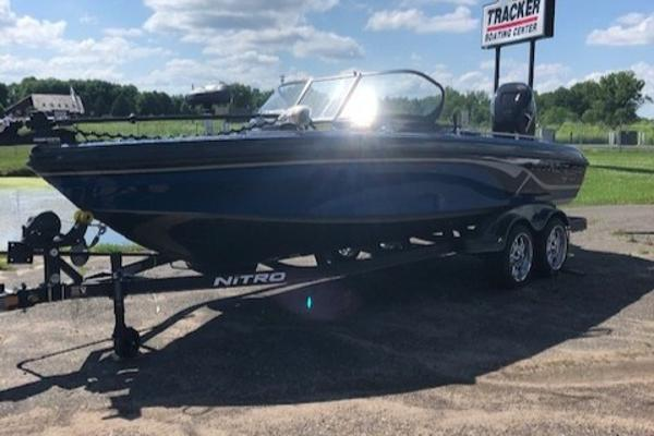 2020 Nitro boat for sale, model of the boat is ZV21 & Image # 2 of 44