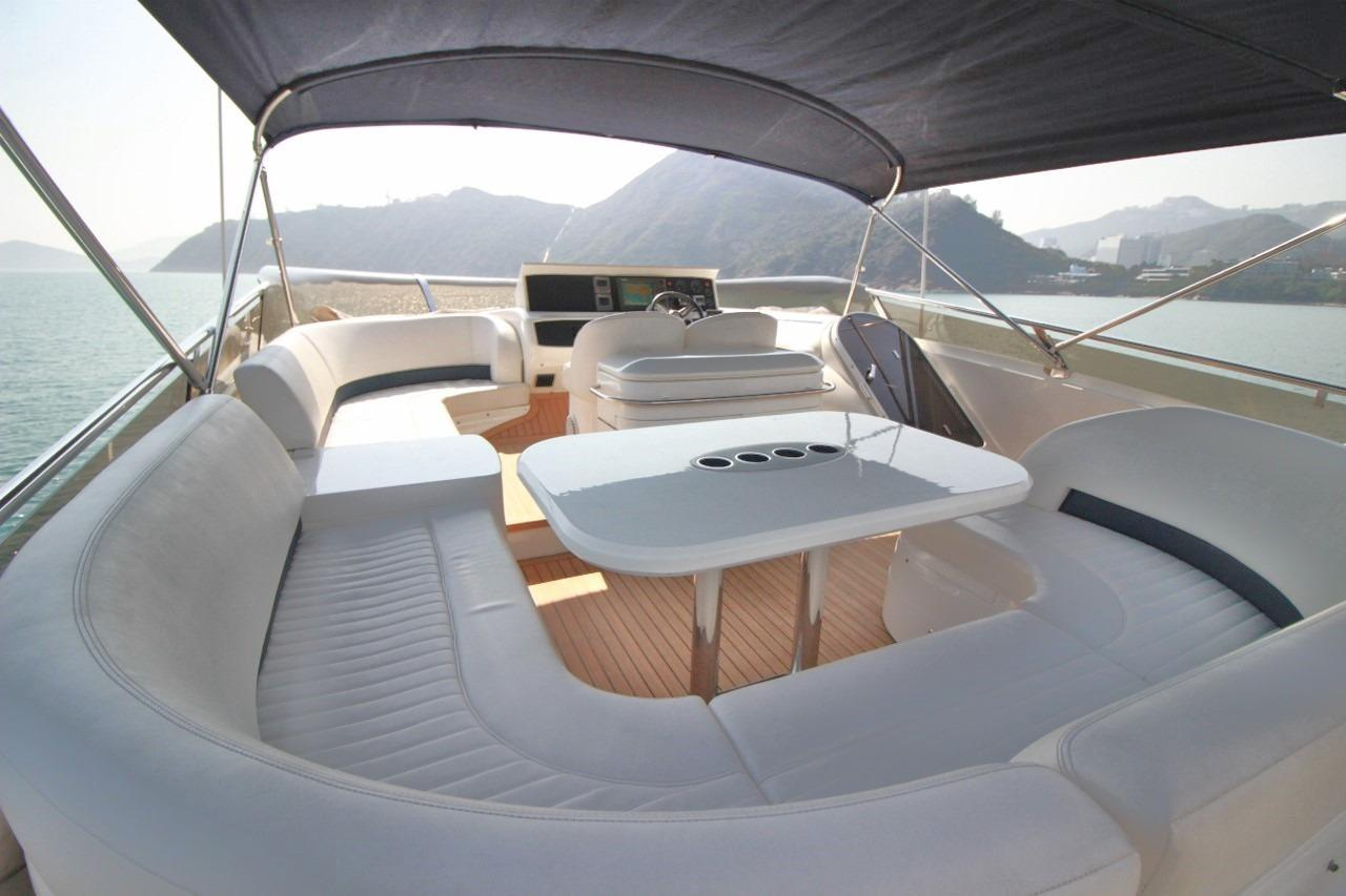 Princess 23M- Flybridge