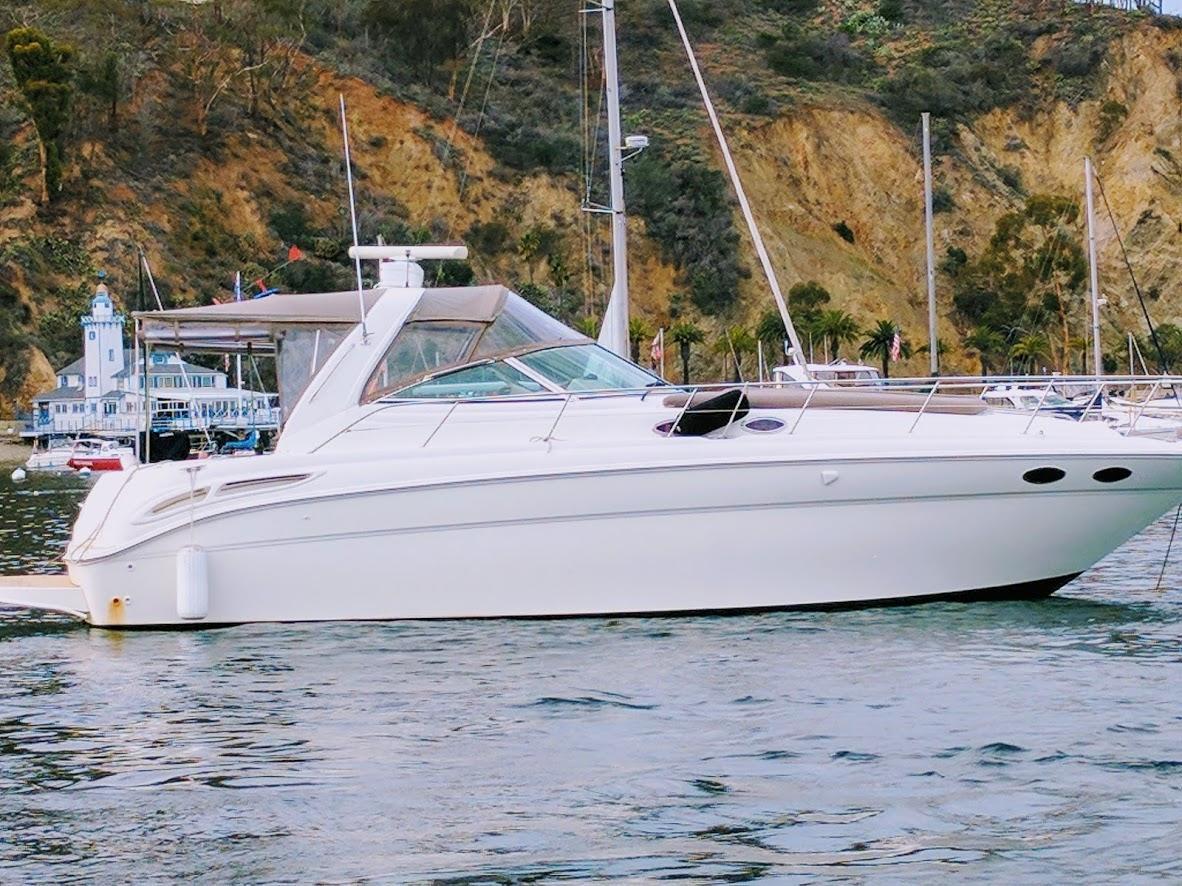 Sea Ray 380DA