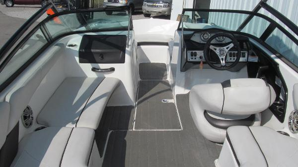 2014 Yamaha boat for sale, model of the boat is AR192 & Image # 5 of 8