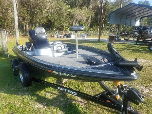 2002 NITRO 882 NX for sale