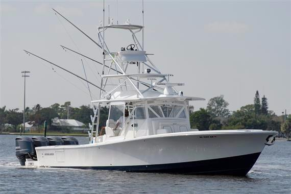41' Regulator 2016