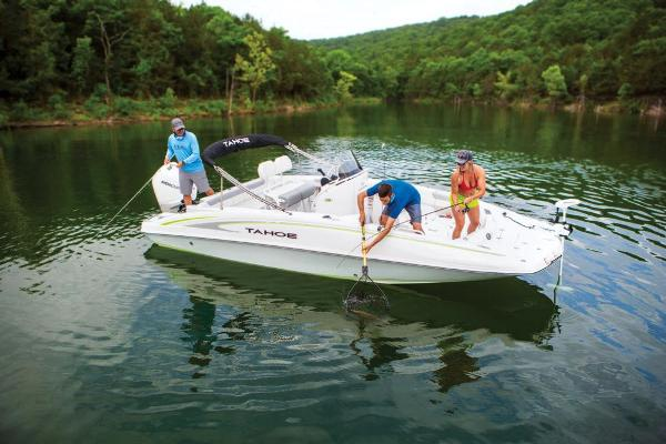 2021 Tahoe boat for sale, model of the boat is 2150 CC & Image # 5 of 132