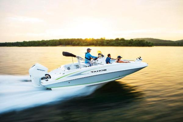 2021 Tahoe boat for sale, model of the boat is 2150 CC & Image # 7 of 132