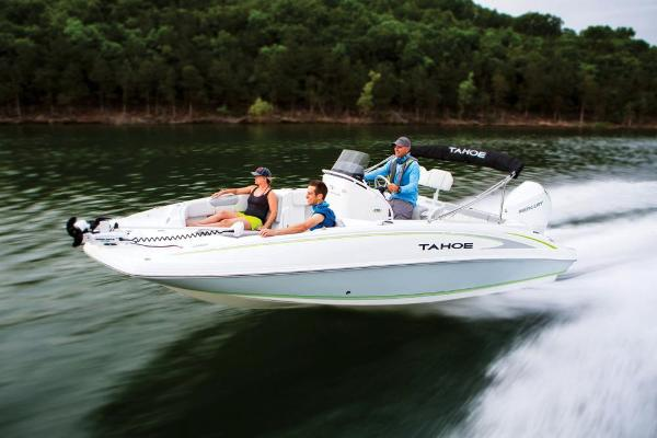 2021 Tahoe boat for sale, model of the boat is 2150 CC & Image # 11 of 132