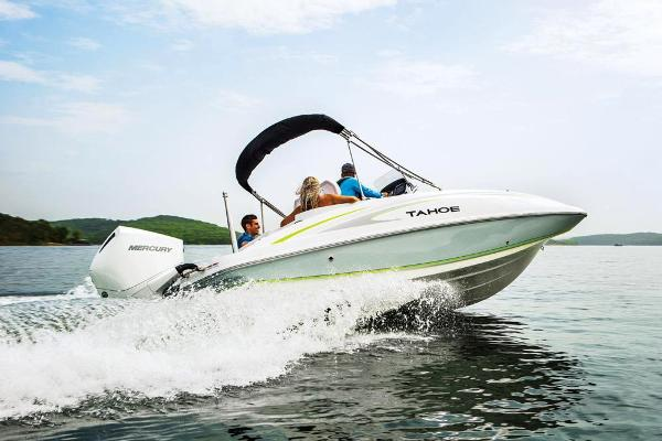 2021 Tahoe boat for sale, model of the boat is 2150 CC & Image # 13 of 132