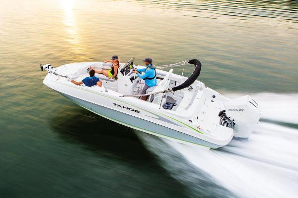 2021 Tahoe boat for sale, model of the boat is 2150 CC & Image # 18 of 132