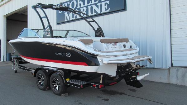 2021 Cobalt boat for sale, model of the boat is 220S & Image # 3 of 13