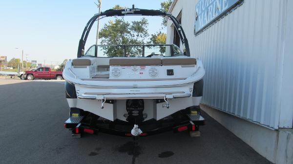 2021 Cobalt boat for sale, model of the boat is 220S & Image # 4 of 13