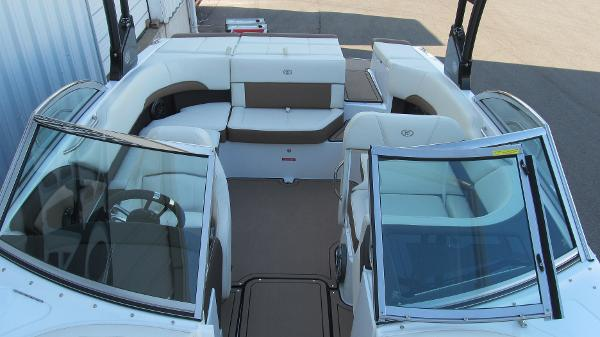 2021 Cobalt boat for sale, model of the boat is 220S & Image # 11 of 13