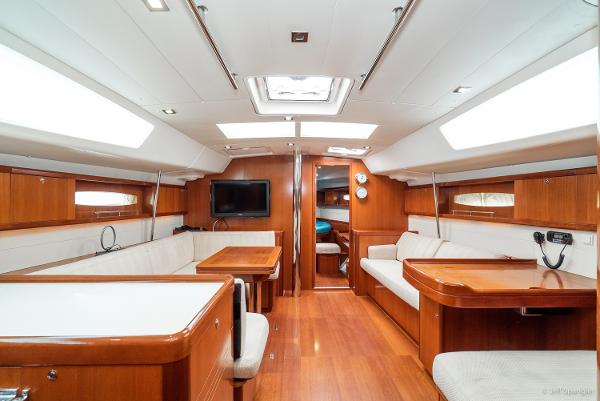 Picture Of:  49' Beneteau Oceanis 49 2007Yacht For Sale | 4 of 59
