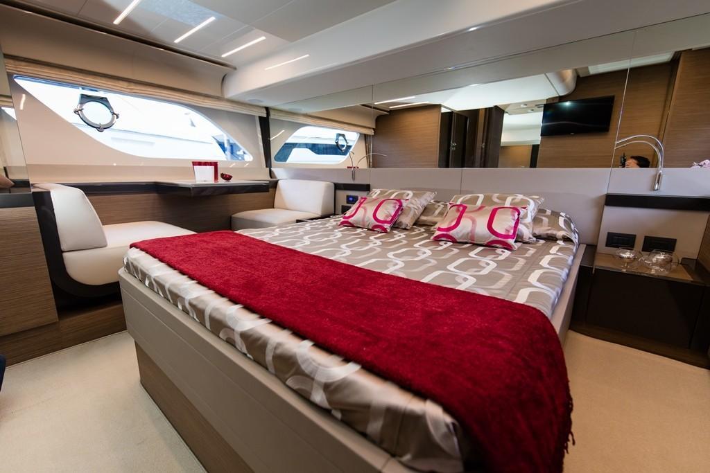 2016 Ferretti Yachts 550 ''Rocio