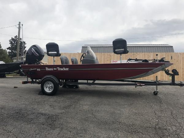 2020 Tracker Boats boat for sale, model of the boat is BASS TRACKER® Classic XL & Image # 1 of 22