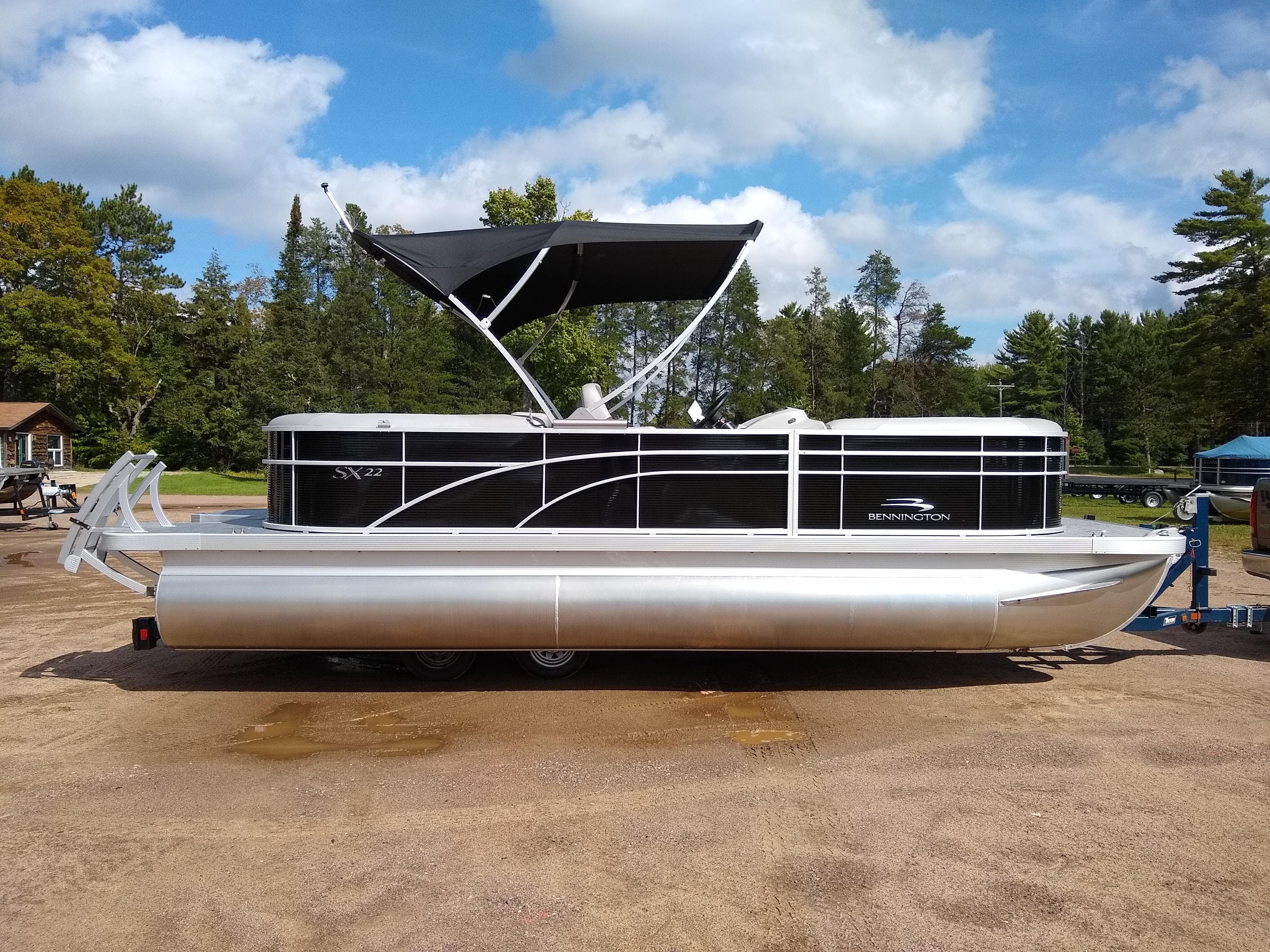 2020 Bennington boat for sale, model of the boat is SX Series 22 & Image # 1 of 14
