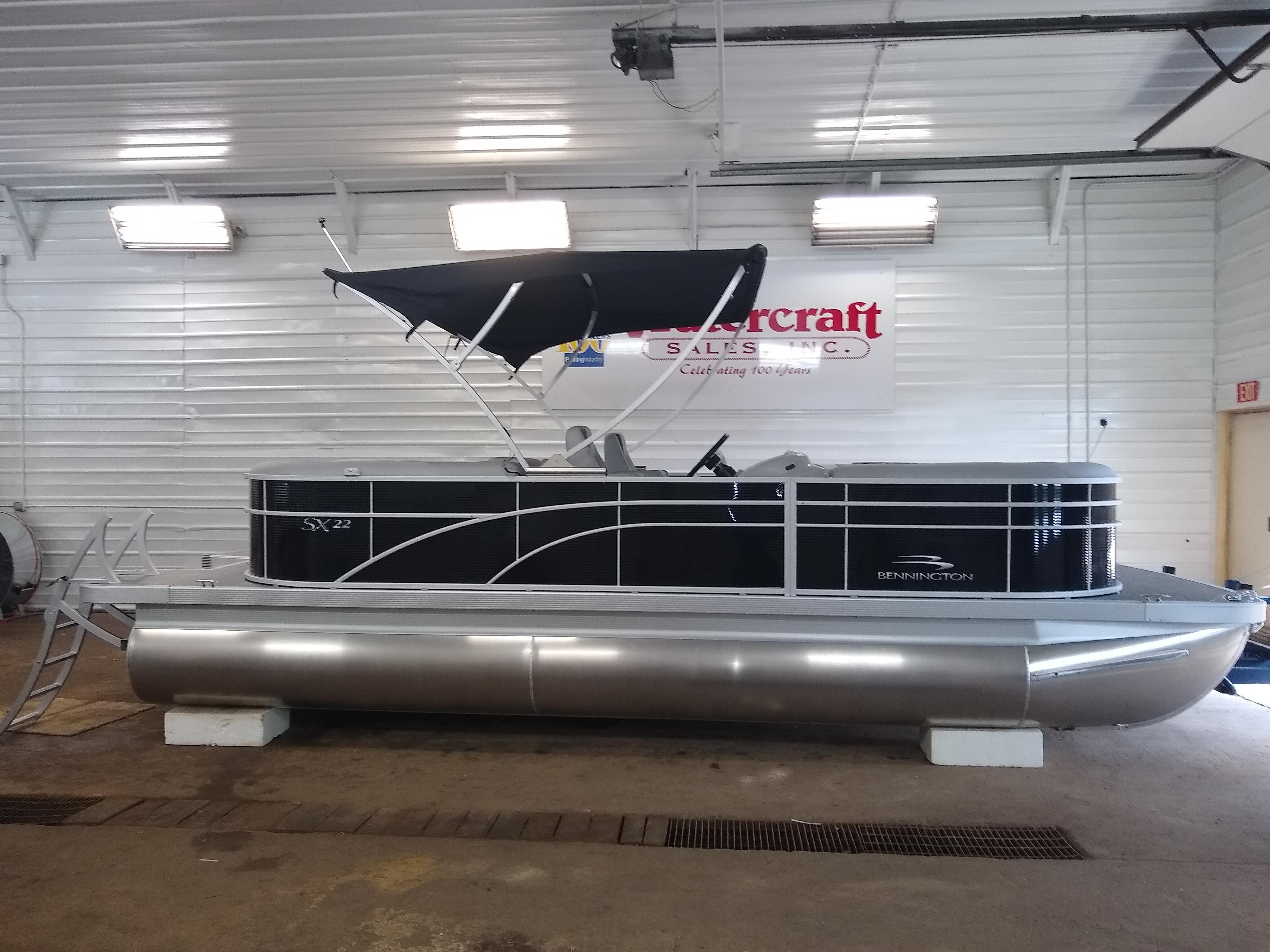 2020 Bennington boat for sale, model of the boat is SX Series 22 & Image # 3 of 14