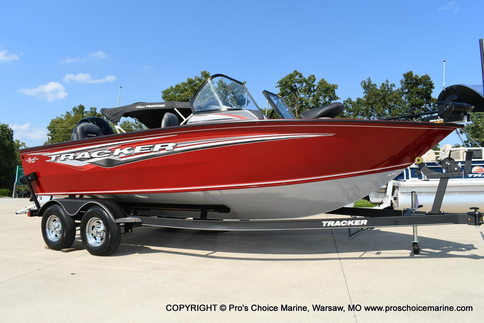 2020 Tracker Boats boat for sale, model of the boat is Targa V-18 Combo & Image # 1 of 50