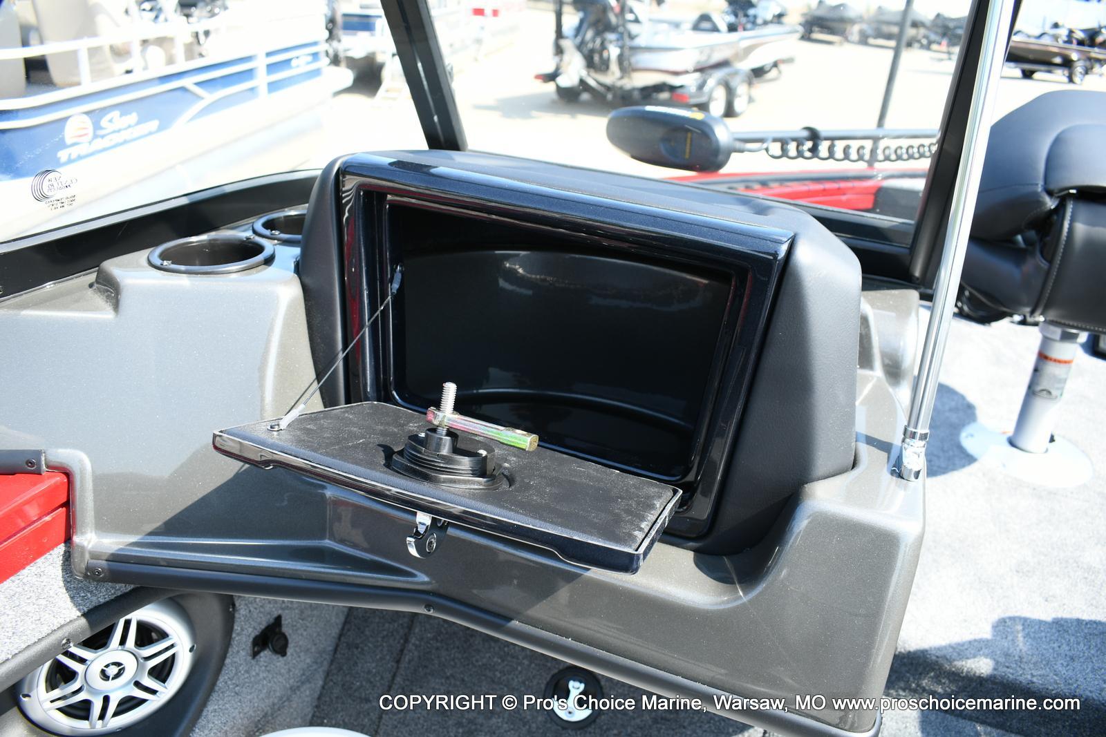 2020 Tracker Boats boat for sale, model of the boat is Targa V-18 Combo & Image # 28 of 50