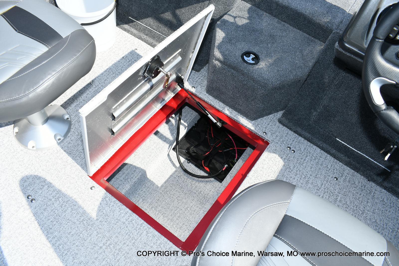 2020 Tracker Boats boat for sale, model of the boat is Targa V-18 Combo & Image # 41 of 50