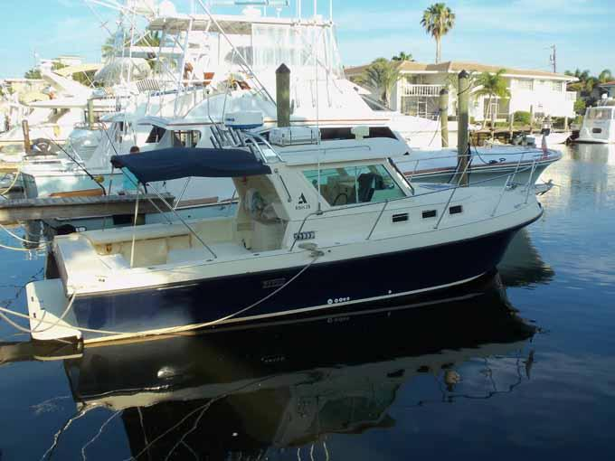 2001 Albin Yachts Tournament Express