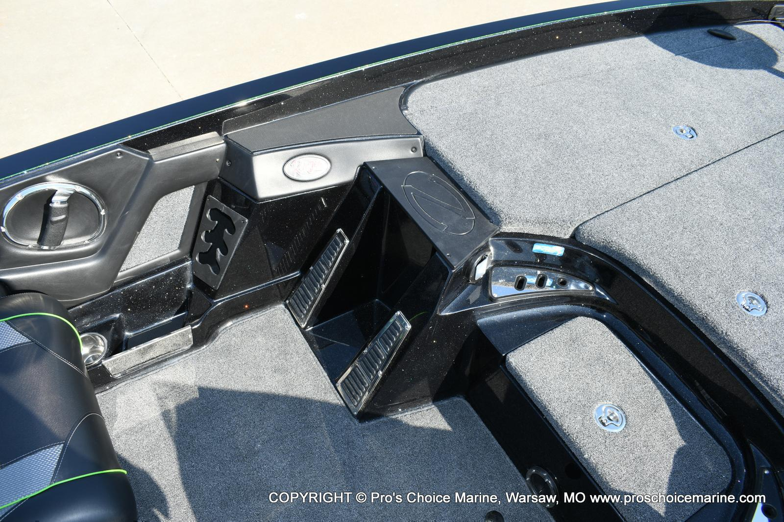 2020 Ranger Boats boat for sale, model of the boat is Z520C Ranger Cup Equipped & Image # 27 of 50